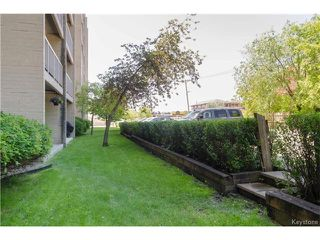 Photo 2: 70 Plaza Drive in Winnipeg: Fort Garry Condominium for sale (1J)  : MLS®# 1701334