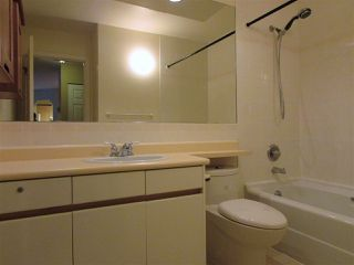 "Photo 6: 403 6707 SOUTHPOINT Drive in Burnaby: South Slope Condo for sale in ""Mission Woods"" (Burnaby South)  : MLS®# R2142149"