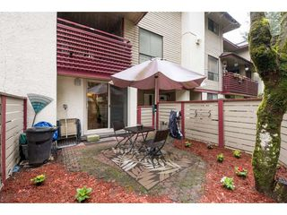 "Photo 19: 10531 HOLLY PARK Lane in Surrey: Guildford Townhouse for sale in ""HOLLY PARK LANE"" (North Surrey)  : MLS®# R2147163"
