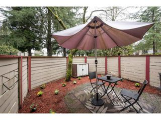 "Photo 20: 10531 HOLLY PARK Lane in Surrey: Guildford Townhouse for sale in ""HOLLY PARK LANE"" (North Surrey)  : MLS®# R2147163"