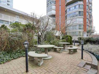 Photo 18: 920 910 BEACH Avenue in Vancouver: Yaletown Townhouse for sale (Vancouver West)  : MLS®# R2149914
