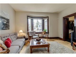 Photo 2: 69 Cobourg Avenue in Winnipeg: Glenelm Residential for sale (3C)  : MLS®# 1706988