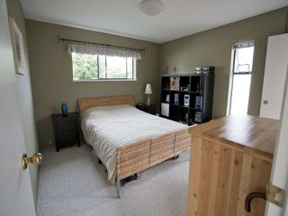 Photo 7: 247 W 17TH Street in North Vancouver: Central Lonsdale Townhouse for sale : MLS®# R2153423
