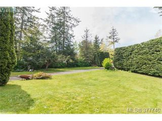 Photo 20: 1155 Royal Oak Drive in VICTORIA: SE Sunnymead Single Family Detached for sale (Saanich East)  : MLS®# 377740