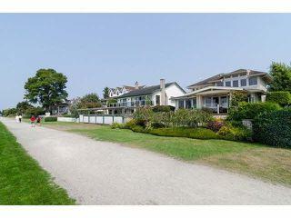 "Photo 6: 2836 MCKENZIE Avenue in Surrey: Crescent Bch Ocean Pk. House for sale in ""Crescent Beach Village"" (South Surrey White Rock)  : MLS®# R2169992"