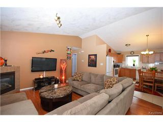 Photo 2: 16 Paul Martin Drive in Winnipeg: Mission Gardens Residential for sale (3K)  : MLS®# 1713470