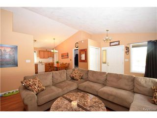 Photo 4: 16 Paul Martin Drive in Winnipeg: Mission Gardens Residential for sale (3K)  : MLS®# 1713470