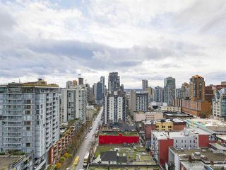 Photo 8: 2104 999 Seymour Mews in Vancouver: Condo for sale : MLS®# R2124433