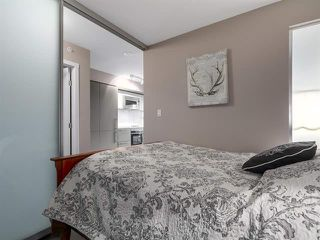 Photo 13: 2104 999 Seymour Mews in Vancouver: Condo for sale : MLS®# R2124433