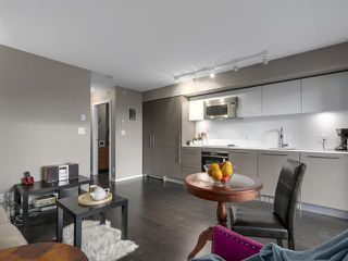 Photo 10: 2104 999 Seymour Mews in Vancouver: Condo for sale : MLS®# R2124433