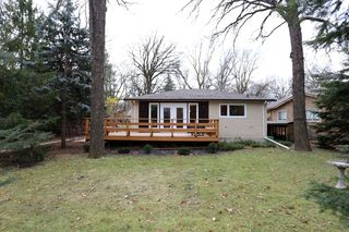 Main Photo: 306 Wildwood Park in Winnipeg: Wildwood Single Family Detached for sale (1J)  : MLS®# 1728410