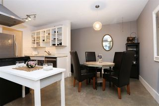 """Photo 4: 104 341 W 3RD Street in North Vancouver: Lower Lonsdale Condo for sale in """"Lisa Place"""" : MLS®# R2224823"""