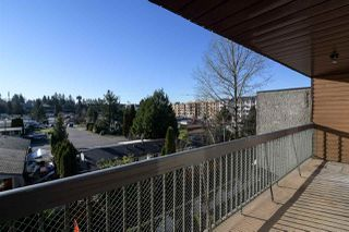 "Photo 13: 307 33850 FERN Street in Abbotsford: Central Abbotsford Condo for sale in ""Fernwood Manor"" : MLS®# R2226870"