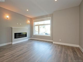 Photo 2: 107 933 Wild Ridge Way in VICTORIA: La Happy Valley Row/Townhouse for sale (Langford)  : MLS®# 775805