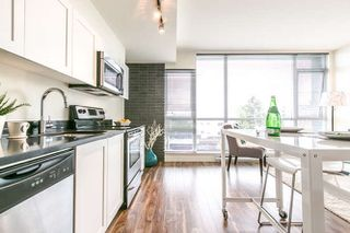 Photo 2: 207 2511 Quebec Street in Vancouver: Mount Pleasant VE Condo for sale (Vancouver East)  : MLS®# r2220602