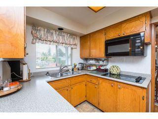 Photo 9: 15511 PACIFIC Avenue: White Rock House for sale (South Surrey White Rock)  : MLS®# R2257101