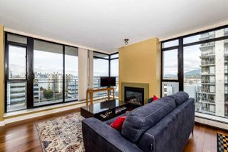 "Photo 3: 804 155 W 1ST Street in North Vancouver: Lower Lonsdale Condo for sale in ""TIME"" : MLS®# R2258885"