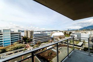 "Photo 2: 804 155 W 1ST Street in North Vancouver: Lower Lonsdale Condo for sale in ""TIME"" : MLS®# R2258885"