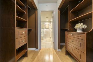 """Photo 11: TH103 1288 MARINASIDE Crescent in Vancouver: Yaletown Townhouse for sale in """"Crestmark"""" (Vancouver West)  : MLS®# R2281597"""