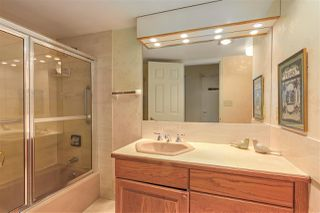 "Photo 16: 602 1972 BELLEVUE Avenue in West Vancouver: Ambleside Condo for sale in ""Waterford House"" : MLS®# R2290755"