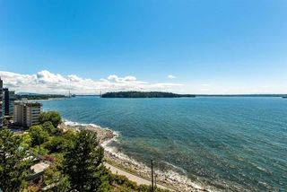 "Photo 3: 602 1972 BELLEVUE Avenue in West Vancouver: Ambleside Condo for sale in ""Waterford House"" : MLS®# R2290755"