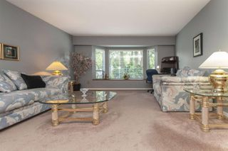 Photo 3: 10063 156A Street in Surrey: Guildford House for sale (North Surrey)  : MLS®# R2296020
