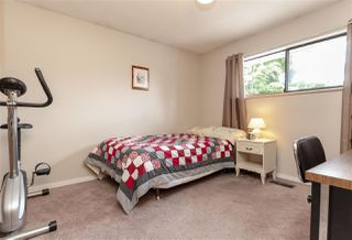 Photo 14: 10063 156A Street in Surrey: Guildford House for sale (North Surrey)  : MLS®# R2296020