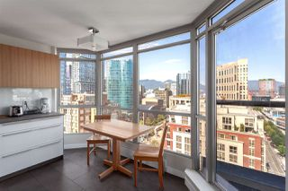 "Photo 3: 2201 867 HAMILTON Street in Vancouver: Downtown VW Condo for sale in ""JARDINE'S LOOKOUT"" (Vancouver West)  : MLS®# R2297178"