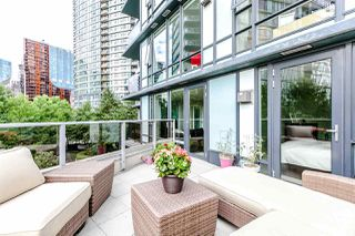Photo 15: 305 8 SMITHE Mews in Vancouver: Yaletown Condo for sale (Vancouver West)  : MLS®# R2307500