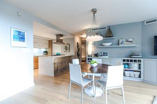Photo 5: 305 8 SMITHE Mews in Vancouver: Yaletown Condo for sale (Vancouver West)  : MLS®# R2307500