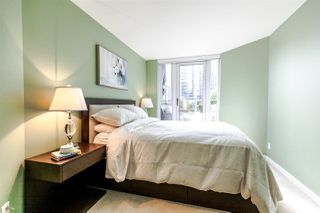 Photo 9: 305 8 SMITHE Mews in Vancouver: Yaletown Condo for sale (Vancouver West)  : MLS®# R2307500
