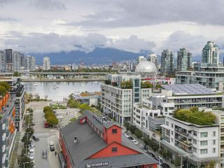 "Main Photo: 1603 1783 MANITOBA Street in Vancouver: False Creek Condo for sale in ""The West"" (Vancouver West)  : MLS®# R2308129"