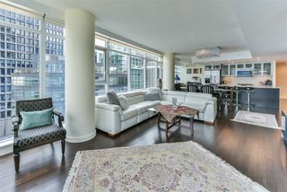 "Photo 6: 1903 1205 HASTINGS Street in Vancouver: Coal Harbour Condo for sale in ""CIELO"" (Vancouver West)  : MLS®# R2310461"