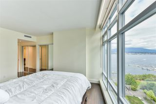 "Photo 13: 1903 1205 HASTINGS Street in Vancouver: Coal Harbour Condo for sale in ""CIELO"" (Vancouver West)  : MLS®# R2310461"