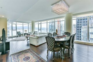 "Photo 4: 1903 1205 HASTINGS Street in Vancouver: Coal Harbour Condo for sale in ""CIELO"" (Vancouver West)  : MLS®# R2310461"