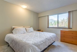 Photo 13: 2018 KIRKSTONE Road in North Vancouver: Lynn Valley House for sale : MLS®# R2322476