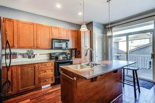 "Photo 5: 23407 KANAKA Way in Maple Ridge: Cottonwood MR House for sale in ""The Village at Kanaka"" : MLS®# R2332677"