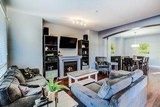 "Photo 3: 23407 KANAKA Way in Maple Ridge: Cottonwood MR House for sale in ""The Village at Kanaka"" : MLS®# R2332677"