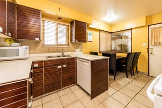 Photo 6: 266 E 50TH Avenue in Vancouver: South Vancouver House for sale (Vancouver East)  : MLS®# R2335092