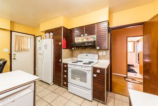 Photo 5: 266 E 50TH Avenue in Vancouver: South Vancouver House for sale (Vancouver East)  : MLS®# R2335092