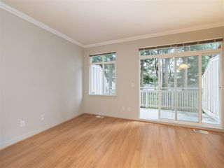 "Photo 3: 3280 CLERMONT Mews in Vancouver: Champlain Heights Townhouse for sale in ""Bordeaux"" (Vancouver East)  : MLS®# R2339931"