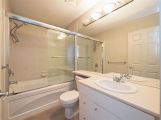 "Photo 12: 3280 CLERMONT Mews in Vancouver: Champlain Heights Townhouse for sale in ""Bordeaux"" (Vancouver East)  : MLS®# R2339931"