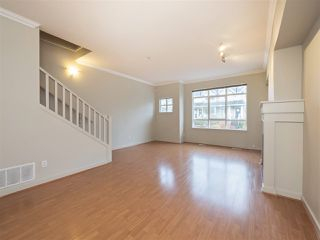 "Photo 6: 3280 CLERMONT Mews in Vancouver: Champlain Heights Townhouse for sale in ""Bordeaux"" (Vancouver East)  : MLS®# R2339931"