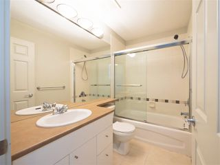 """Photo 15: 3280 CLERMONT Mews in Vancouver: Champlain Heights Townhouse for sale in """"Bordeaux"""" (Vancouver East)  : MLS®# R2339931"""