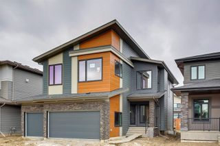 Photo 2: 2212 KELLY Crescent in Edmonton: Zone 56 House for sale : MLS®# E4144164