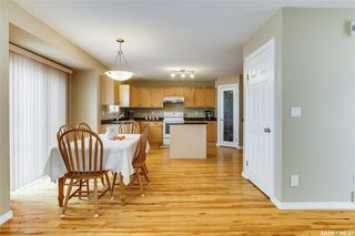 Photo 6: 734 GREAVES Crescent in Saskatoon: Willowgrove Residential for sale : MLS®# SK763931