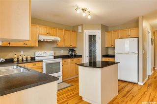 Photo 7: 734 GREAVES Crescent in Saskatoon: Willowgrove Residential for sale : MLS®# SK763931