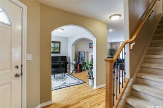 Photo 3: 734 GREAVES Crescent in Saskatoon: Willowgrove Residential for sale : MLS®# SK763931