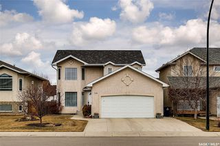 Photo 1: 734 GREAVES Crescent in Saskatoon: Willowgrove Residential for sale : MLS®# SK763931