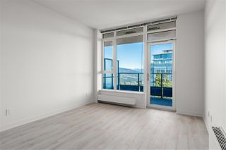 Photo 3: 1101 8850 UNIVERSITY Crescent in Burnaby: Simon Fraser Univer. Condo for sale (Burnaby North)  : MLS®# R2355103